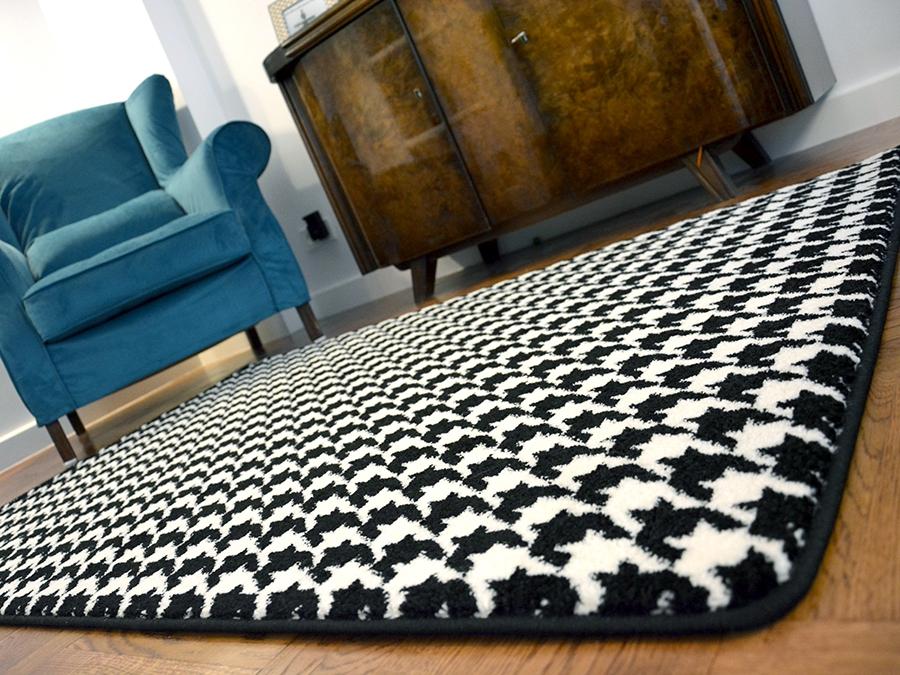 Teppiche SKETCH weiß und schwarz